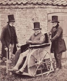 Three nonagenarians photographed in Lincolnshire, circa One of the men is in a wheelchair. In the early disabled individuals were the responsibility of the workhouse, which became their only refuge Antique Photos, Vintage Pictures, Vintage Photographs, Old Pictures, Old Photos, Victorian Era, Old Things, Secular State, Black And White