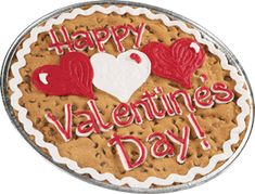 SUPER SIZE your love with a giant cookie! Three red and white hearts accentuate this Valentine's Day and can be customized with your own message. Valentine Desserts, Valentines Day Cookies, Valentines Food, Valentine Cookies, Giant Cookie Cake, Big Cookie, Cupcake Cookies, Cookie Cakes, Giant Cookies