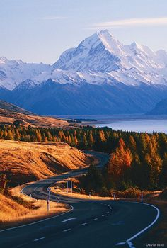 South Island Southern Alps, New Zealand A long road to home