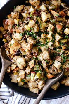 In Sausage Apple Cranberry Stuffing, sourdough and whole grain bread is tossed with sausage, apples and dried cranberries for a delicious stuffing recipe. Cranberry Recipes, Apple Recipes, Fall Recipes, Turkey Sausage, Apple Sausage, Honeycrisp Apples, Holiday Side Dishes, Main Dishes