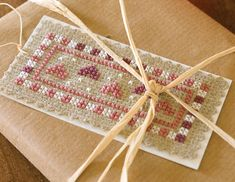 free cross stitch chart hearts gift tag