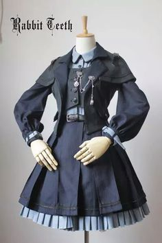 here be dragons — Rabbit Teeth Engineering Trainee steampunk lolita. Pretty Outfits, Pretty Dresses, Beautiful Dresses, Cool Outfits, Scene Outfits, Steampunk Lolita, Gothic Lolita, Old Fashion Dresses, Fashion Outfits
