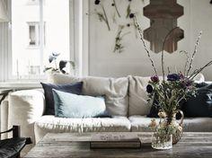 Salones on pinterest by masmedia white living rooms - Salones estilo vintage ...