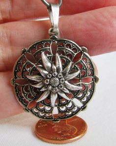 Vintage European Edelweiss Flower Pendant by charminglyfun on Etsy