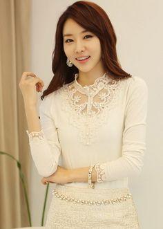 Korean Fashion Lace Stand Collar Beads Knitting Shirt