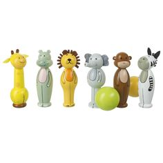 Boys age 3 will love knocking down the different animals in this Wooden Safari Animal Skittles. A fab gift perfect for them to enjoy with their friends too!