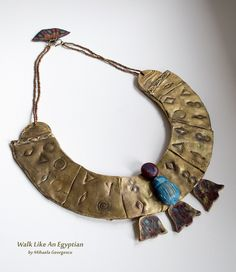 Egyptian culture is always a great source of inspiration for artists and art lovers. This is my interpretation of an Egyptian pectoral collar made using Polymer Clay. Funky Jewelry, Copper Jewelry, Jewelry Art, Jewelry Design, Polymer Clay Projects, Polymer Clay Jewelry, Egyptian Artwork, Neck Rings, Terracotta Jewellery Designs