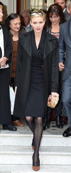 Prince Albert II and Princess Charlene of Monaco Visit the Croix Rouge Monégasque. Grace Kelly, Patricia Kelly, Princess Stephanie, Princess Caroline, Princesa Charlene, Divas, Royals, Adele, Monaco Royal Family