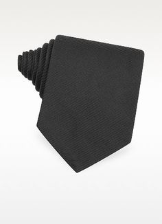 €110.00 | Beautifully crafted, elegant  jacquard weave black silk tie made according to the traditional artisan seven-fold method. 100% silk. Handmade in Italy. Signature envelope included.