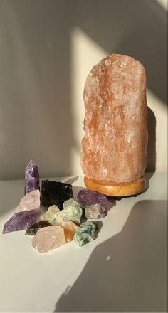 Crystals And Gemstones, Stones And Crystals, Crystal Room, Crystal Aesthetic, Good Energy, Aesthetic Pictures, Crystal Healing, I Am Awesome, Tarot