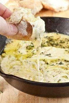 25 Dips de queso que harán que te derritas