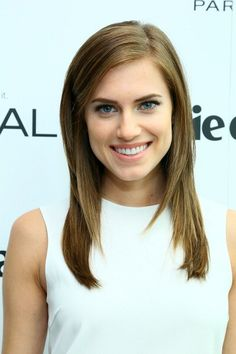 Allison Williams attends the Marie Claire's Power Lunch Presented By L'Oreal. #Hair by  Anthony Campbell. #Makeup by Julie Harris.