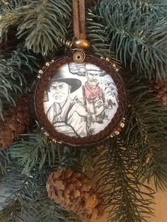 Lonesome Dove Snuff Lid Ornament on Etsy, $20.00