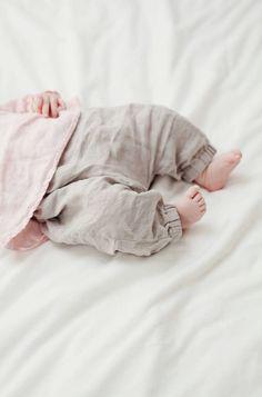 Sweet Handmade Linen Baby Pants | Lapetitealice on Etsy