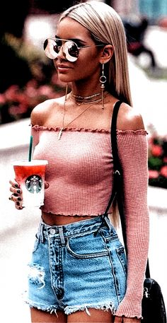 Cute Spring Outfits, Cute Girl Outfits, Casual Summer Outfits, Cool Outfits, Fashion Outfits, Fashion Clothes, Denim Shorts Outfit Summer, Simple Outfits, Fashion Fall