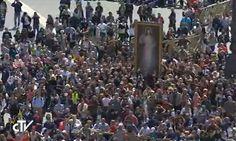 """REGINA COELLI La misericordia, un """"modo de conocimiento"""" que abre el espíritu y el corazón-Papa Francisco https://goo.gl/E2MnDB"""