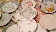 Tornando a casa nostra, chi di noi non ha nella credenza dei piatti che vuole gettare via? dieci idee per riciclare i vecchi piatti