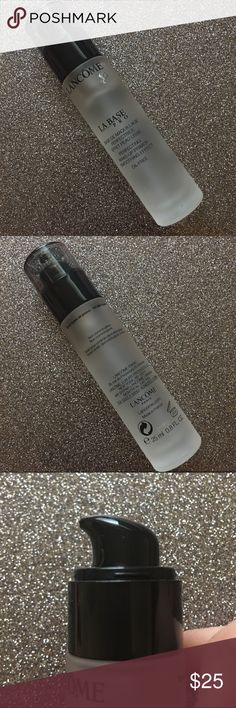 Lancôme La Base Pro makeup primer Oil-free, silicone-based smoothing foundation primer by Lancôme. Used twice. Glass luxury packaging with a pump! Lancome Makeup Face Primer
