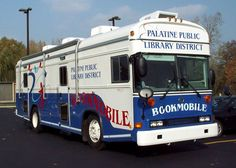 Palatine (Ill.) Public Library District bookmobile.