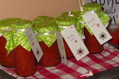 Beosztási és spórolási tippek, hogyan csinálom én! | TündérKert Gift Wrapping, Gifts, Gift Wrapping Paper, Presents, Wrapping Gifts, Favors, Gift Packaging, Gift