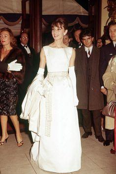 7 Best Audrey Images Wedding Dresses Audrey Hepburn Wedding