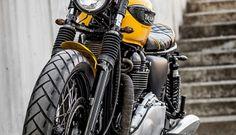 '01 Triumph Bonneville - Macco Motors