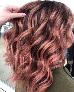 Likes, 72 Comments - Katie Rose Gold Balayage Brunettes, Balayage Brunette Short, Balayage Hair Rose, Rose Gold Short Hair, Rose Gold Hair Brunette, Rose Gold Brown Hair, Blonde Hair, Cabelo Rose Gold, Pulp Riot Hair Color