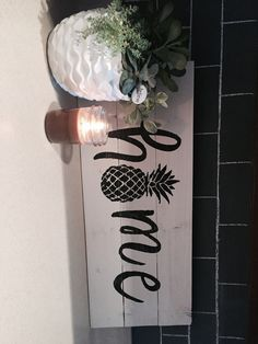 Pineapple home decor DIY rustic signs