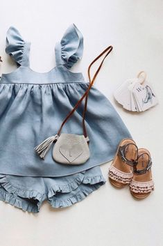 Flatlay Fashion - Children Outfits Such an adorable kids outfit idea by - Our Ruffle Kids Sandals Dream Nude in perfect company, don't. Baby Girl Fashion, Toddler Fashion, Kids Fashion, Fashion Fashion, Runway Fashion, Fashion Trends, Little Girl Outfits, Little Girls, Kids Outfits