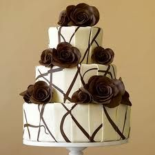 torta nuziale cioccolato  For chocolate lovers. ;)
