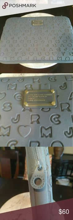 """JUST IN!!! Marc By Marc Jacobs-Laptop Sleeve It's always good to have your laptop looking FAB!!! Perfect grey 15"""" laptop sleeve, in great condition inside and out with no scuffs or stains anywhere!!! Marc By Marc Jacobs Accessories Laptop Cases"""