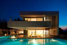 Residence in Ekali, Athens by I.S.V Architects