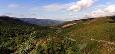 El valle de Quiroga y San Clodio en la provincia de Lugo-Galicia desde la carretera que nos lleva a Caurel.