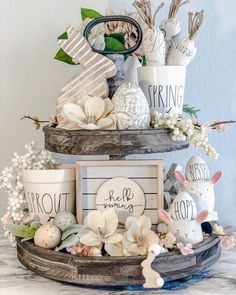 Nice 41 Fantastic Spring Home Decor Ideas That Looks Modern. spring home decor 41 Fantastic Spring Home Decor Ideas That Looks Modern Elegant Table Settings, Diy Ostern, Winter Home Decor, Easter Crafts, Easter Decor, Easter Table, Jar Crafts, Tray Decor, Spring Crafts