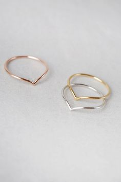 Concave ring or midi ring in gold, rose gold, or silver Cute Jewelry, Gold Jewelry, Jewelry Accessories, Jewelry Design, Jewellery, Mid Finger Rings, Size 4 Rings, Mens Sterling Silver Necklace, Accesorios Casual