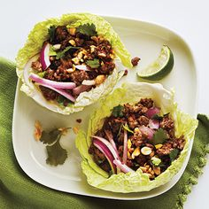 Healthy Thai Beef Cabbage Cups