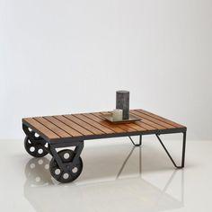 Table basse industrielle HIBA sur roulettes