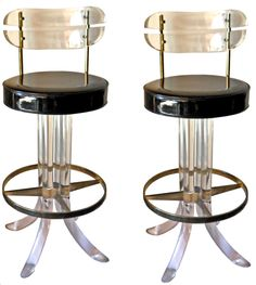 1stdibs | Set of 2 lucite and brass bar stools