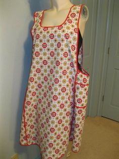 Depression Era Bib Apron Reds Old Apron Full by BroughtBackToYou, $16.00