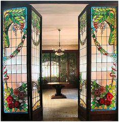 Casa Navàs, Lluís Domènech i Montaner. Las vidrieras son obra de Jeroni Ferran Granell i Manresa
