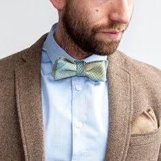 The Pastel Tartan self-tie bow tie & The Speckled Camel pocket square, both handmade in 100% luxury Scottish wool.  Shop at robinsonanddapper.com.  #robinsonanddapper #luxury #scottish #wool #bowtie #pocketsquare #tartan #camel #mensstyle #mensfashion #wedding #groom