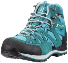 Haglöfs Crag Hi Q GT Preisvergleich - Damen-Wanderschuh   --> And here it comes: my boots!!  Those are sooo pretty!  And they fit well. A bit stiff, maybe. For hiking easy climbing and Via Ferrata. That's what I wanted. Gore Tex, og course.  It's still available on amazon.de pr april 2013
