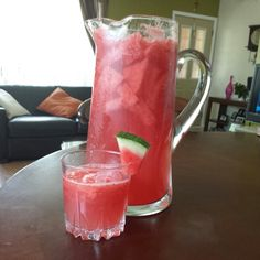Agua de sandia(watermelon water), pink moscato, splash of Sprite, and lots of watermelon chunks Watermelon Sangria, Watermelon Water, Drink Recipes, Yummy Recipes, Yummy Food, Alcoholic Drinks, Beverages, Cocktails, Refreshing Drinks
