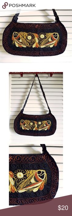 Boho Chic Peruvian Handbag This unique hand made and hand embroidered handbag is perfect for an everyday look. It's a small size so you just can take it anywhere. It has no lining or pockets in the inside. Naoz Bags Shoulder Bags