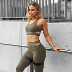 446ba823104f Women s Yoga Set Women Sport Suit Gym Set Gym Clothing Sportswear fitness  Wear Fitness Suit Yoga Clothes Tracksuit