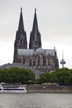 Vista de la catedral desde el Rin