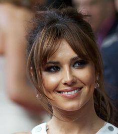Cheryl Cole porte une frange rideau effilée sur les côtés