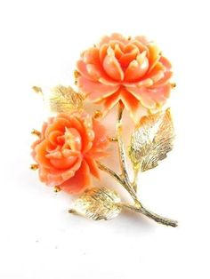 Celluloid Plastic Brooch Coral Color Roses Gold Tone by hipcricket