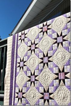 beautiful quilt and quilting, Jacob's Ladder pattern, I think
