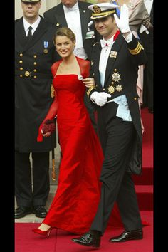 Pricesa Letizia de España  Vestido Lorenzo Caprile